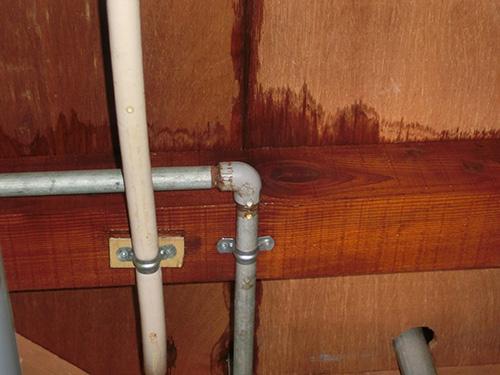 家の中に・・・深刻な雨漏りを発見!